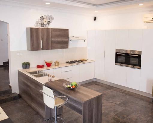 Built-in Kitchen + Island